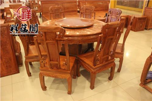 餐厅摆放红木餐桌好吗