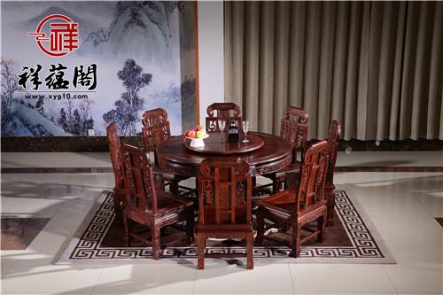 红木餐桌大小选择需要关注到哪些问题