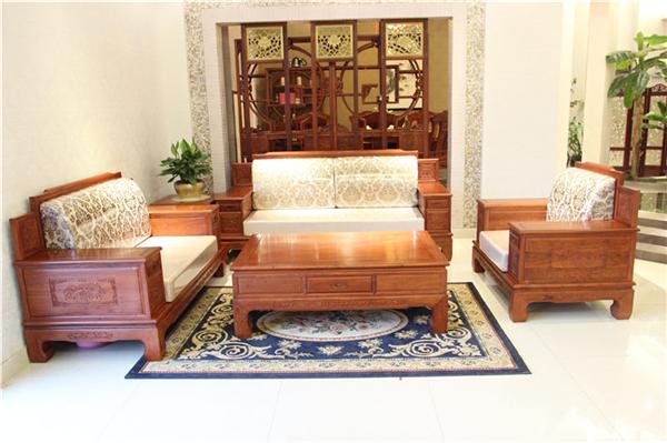 红木沙发搭配的电视柜怎么选择才好看