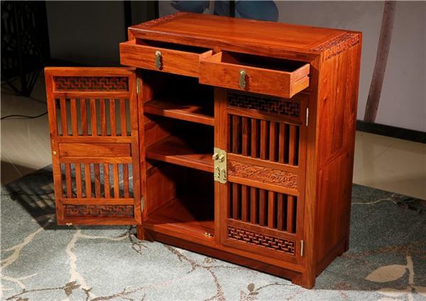新款红木鞋柜:材料方面有哪些区别