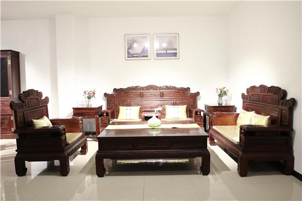 2019最新老挝红酸枝沙发价格 老挝红酸枝沙发的风水