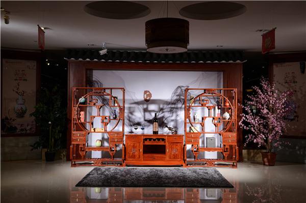 别墅红木博古架装修为中式装修增姿添彩