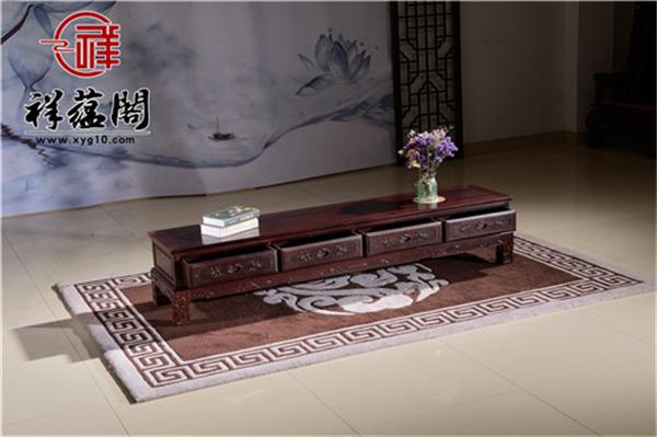 电视柜红木铺什么样的桌布好看不会显得古板