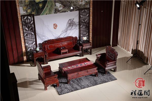 客厅小如何摆一套红木沙发 放不下怎么办