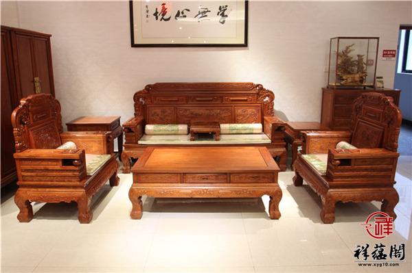 红木家具沙发的靠背哪种比较舒适