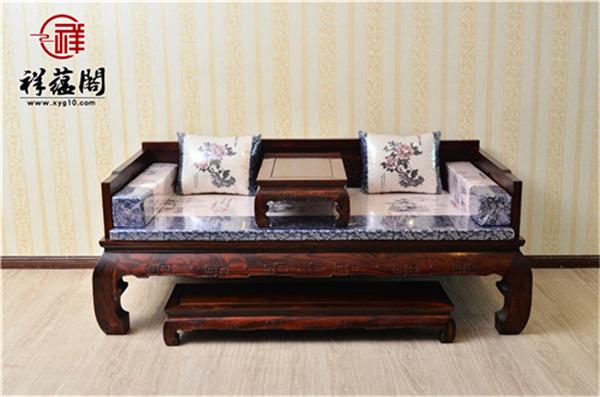 红木中的特色家具 红木罗汉床如何挑选
