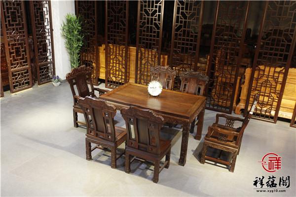 红木餐桌多少钱一套