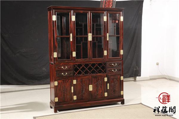 红木酒柜搭配什么沙发好看
