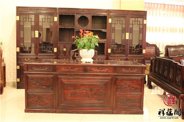 黑酸枝书桌价格是多少 黑酸枝书桌贵不贵