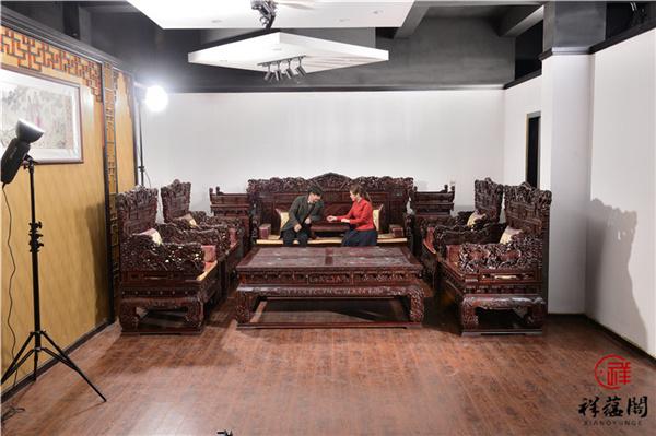 东阳黑酸枝沙发价格高不高
